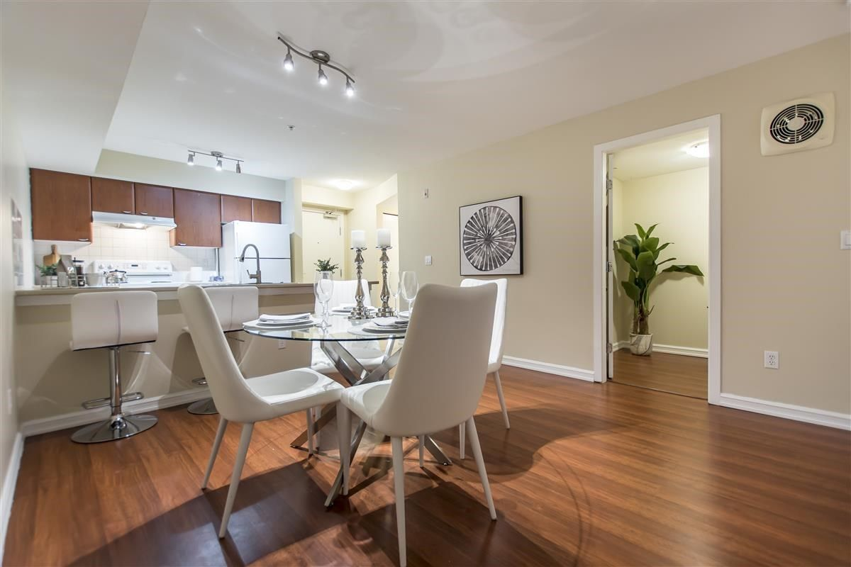 """Photo 5: Photos: 312 10088 148 Street in Surrey: Guildford Condo for sale in """"GUILDFORD PARK PLACE"""" (North Surrey)  : MLS®# R2526530"""