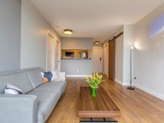 """Photo 14: 1102 5288 MELBOURNE Street in Vancouver: Collingwood VE Condo for sale in """"Emerald Park Place"""" (Vancouver East)  : MLS®# R2572705"""