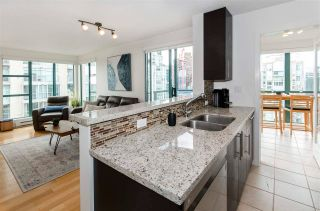 """Photo 1: 3102 939 HOMER Street in Vancouver: Yaletown Condo for sale in """"THE PINNACLE"""" (Vancouver West)  : MLS®# R2592462"""