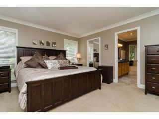 """Photo 15: 2977 NORTHCREST Drive in Surrey: Elgin Chantrell House for sale in """"Elgin Park Estates"""" (South Surrey White Rock)  : MLS®# F1418044"""