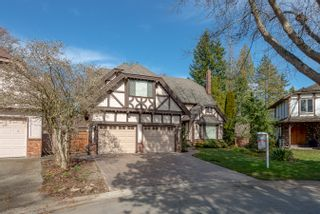 """Photo 2: 14869 SOUTHMERE Court in Surrey: Sunnyside Park Surrey House for sale in """"SUNNYSIDE PARK"""" (South Surrey White Rock)  : MLS®# R2431824"""