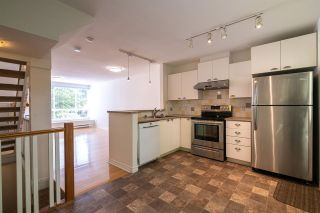 """Photo 4: 7387 MAGNOLIA Terrace in Burnaby: Highgate Townhouse for sale in """"MONTEREY"""" (Burnaby South)  : MLS®# R2376795"""