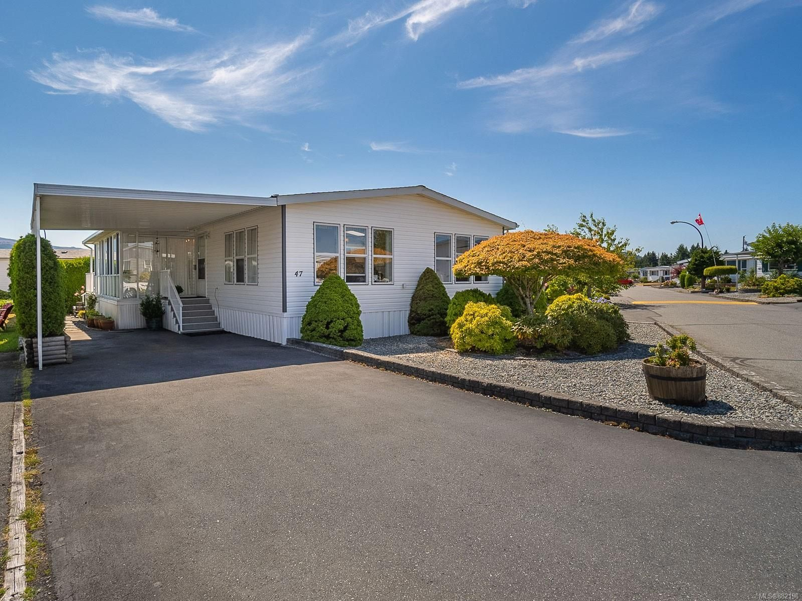 Main Photo: 47 6325 Metral Dr in : Na Pleasant Valley Manufactured Home for sale (Nanaimo)  : MLS®# 882196