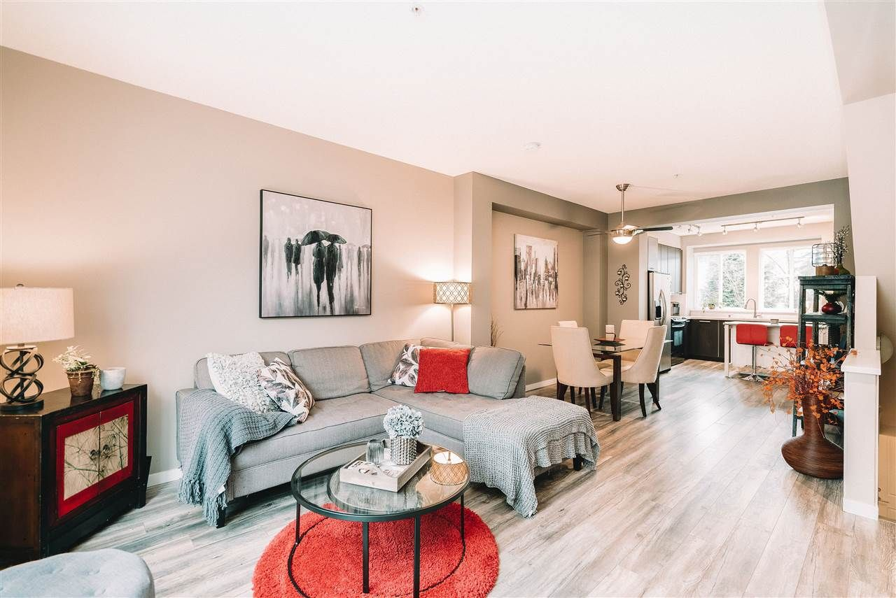 "Main Photo: 122 2418 AVON Place in Port Coquitlam: Riverwood Townhouse for sale in ""THE LINKS"" : MLS®# R2541282"