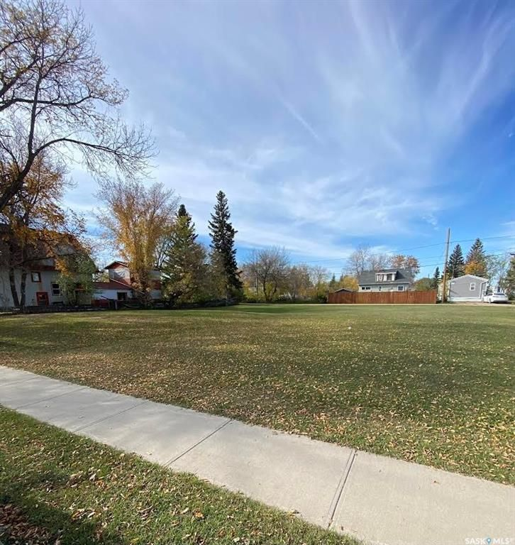 Main Photo: 103 Broadway Avenue South in Melfort: Lot/Land for sale : MLS®# SK871627