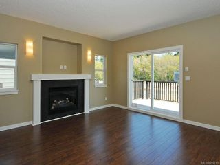 Photo 5: 3343 Merlin Rd in Langford: La Luxton House for sale : MLS®# 655013