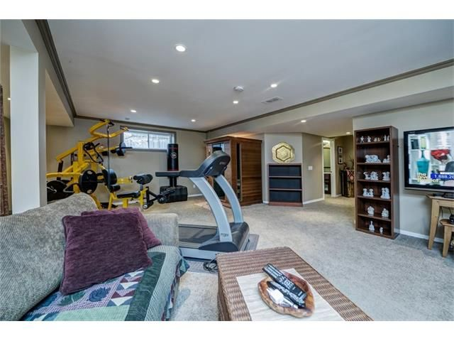 Photo 42: Photos: 137 COVE Court: Chestermere House for sale : MLS®# C4090938