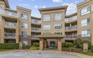 "Photo 1: 317 2551 PARKVIEW Lane in Port Coquitlam: Central Pt Coquitlam Condo for sale in ""The Crescent"" : MLS®# R2539587"