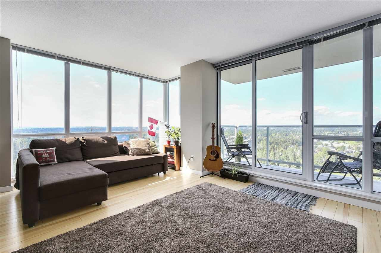 """Main Photo: 2407 9981 WHALLEY Boulevard in Surrey: Whalley Condo for sale in """"Park Place 2"""" (North Surrey)  : MLS®# R2170710"""