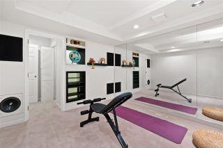 "Photo 34: 15414 VICTORIA Avenue: White Rock House for sale in ""White Rock"" (South Surrey White Rock)  : MLS®# R2568004"