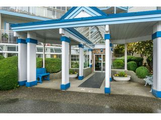 "Photo 2: 215 31930 OLD YALE Road in Abbotsford: Abbotsford West Condo for sale in ""ROYAL COURT"" : MLS®# R2421302"