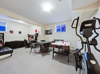 Photo 32: 30 Springborough Crescent SW in Calgary: Springbank Hill Detached for sale : MLS®# A1070980