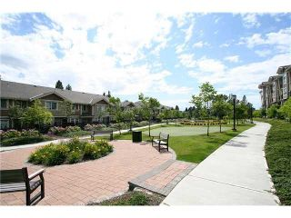 """Photo 2: 413 5775 IRMIN Street in Burnaby: Metrotown Condo for sale in """"Macpherson Walk"""" (Burnaby South)  : MLS®# V1015737"""