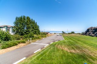 Photo 36: 205 2730 Island Hwy in : CR Willow Point Condo for sale (Campbell River)  : MLS®# 881506