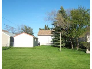 Photo 2: 238 TURNER Street in BEAUSEJOUR: Beausejour / Tyndall Residential for sale (Winnipeg area)  : MLS®# 2909505