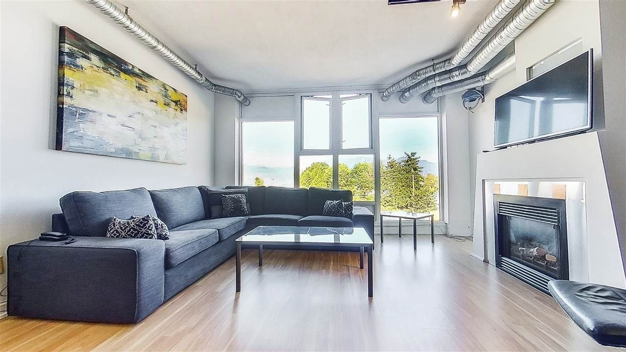 """Main Photo: 509 27 ALEXANDER Street in Vancouver: Downtown VE Condo for sale in """"ALEXIS"""" (Vancouver East)  : MLS®# R2505039"""