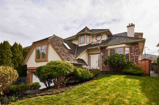 """Photo 2: 6566 179 Street in Surrey: Cloverdale BC House for sale in """"CLOVERDALE"""" (Cloverdale)  : MLS®# R2153339"""