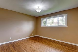 Photo 5: 2408 39 Street SE in Calgary: Forest Lawn Detached for sale : MLS®# A1114671