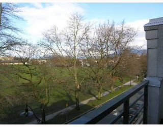 """Photo 2: 2788 VINE Street in Vancouver: Kitsilano Condo for sale in """"MOZAEIK"""" (Vancouver West)  : MLS®# V635724"""