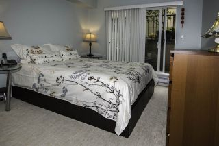 """Photo 8: 4 1350 W 6TH Avenue in Vancouver: Fairview VW Townhouse for sale in """"PEPPER RIDGE"""" (Vancouver West)  : MLS®# R2012322"""