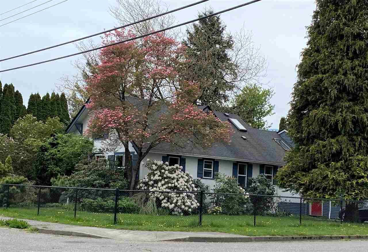 Main Photo: 46031 CLEVELAND Avenue in Chilliwack: Chilliwack N Yale-Well House for sale : MLS®# R2573625