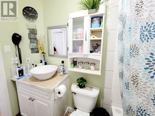 Photo 18: 114 MEADOW Drive in Hinton: House for sale : MLS®# A1111536