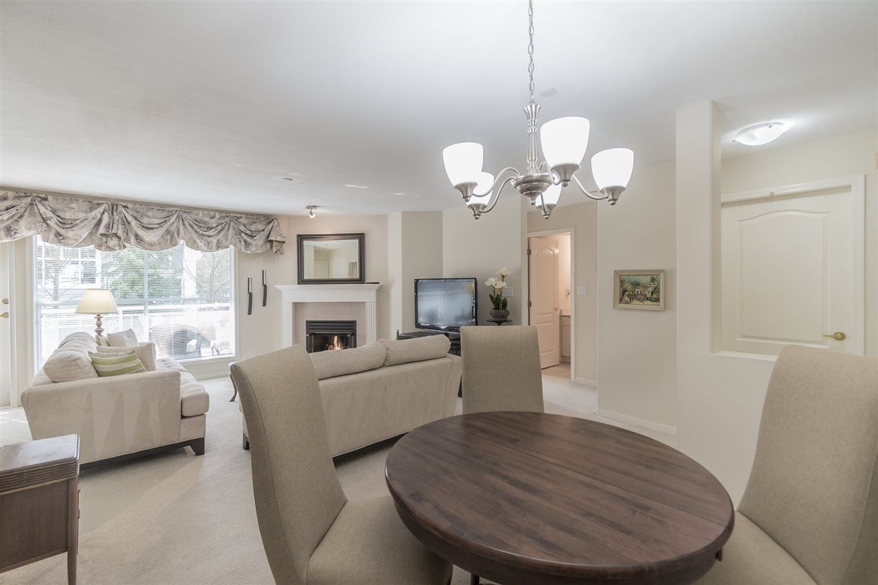 """Main Photo: 204 15290 18 Avenue in Surrey: King George Corridor Condo for sale in """"STRATFORD BY THE PARK"""" (South Surrey White Rock)  : MLS®# R2556862"""