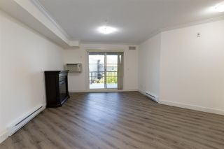 "Photo 12: 307 17769 57 Avenue in Surrey: Cloverdale BC Condo for sale in ""Cloverdowns Estate"" (Cloverdale)  : MLS®# R2584100"