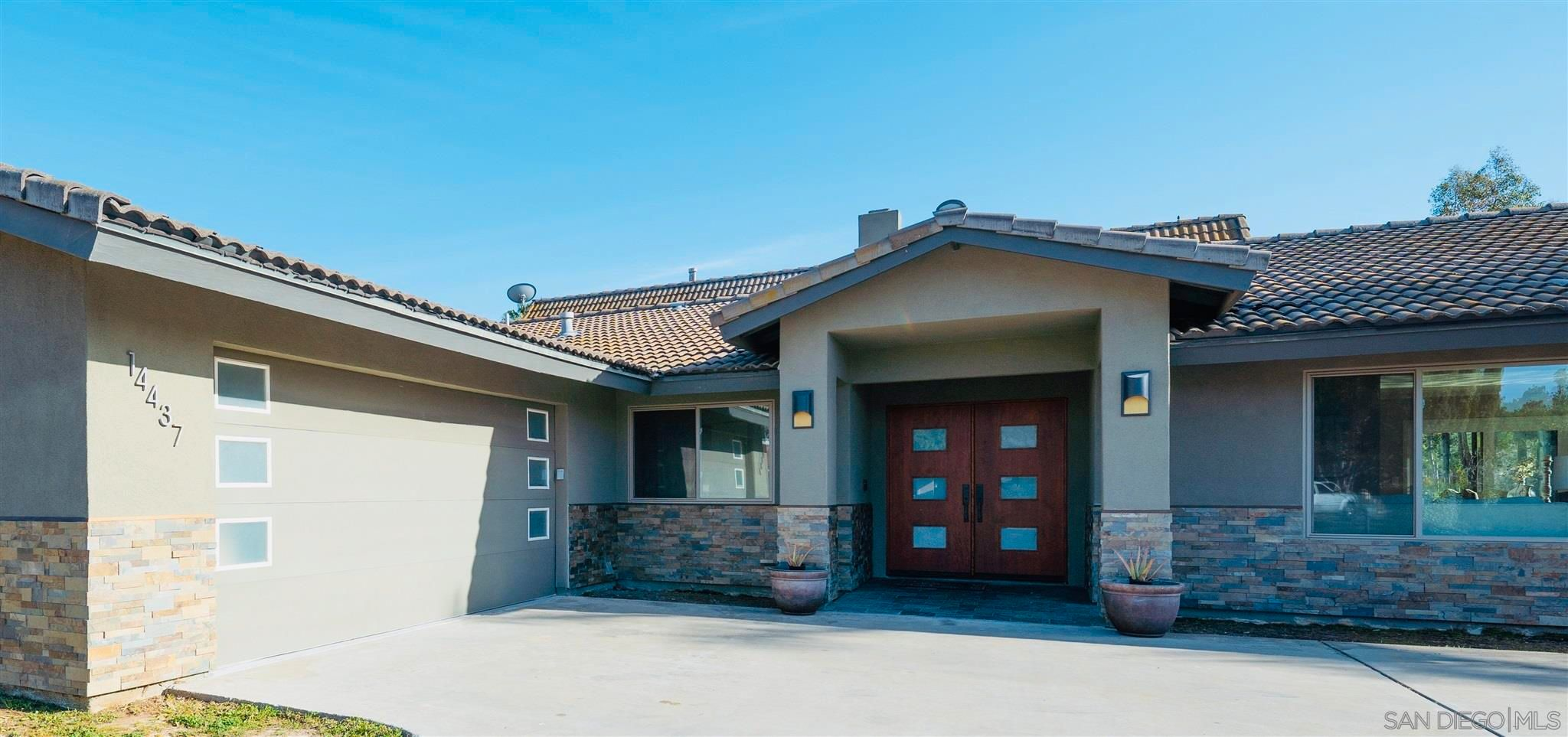 Main Photo: POWAY House for sale : 6 bedrooms : 14437 Ortez Place