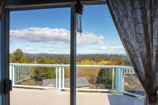 Photo 15: 576 Delora Dr in : Co Triangle House for sale (Colwood)  : MLS®# 872261