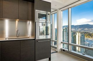 """Photo 7: 2906 1151 W GEORGIA Street in Vancouver: Coal Harbour Condo for sale in """"Trump International Hotel and Tower Vancouver"""" (Vancouver West)  : MLS®# R2543391"""