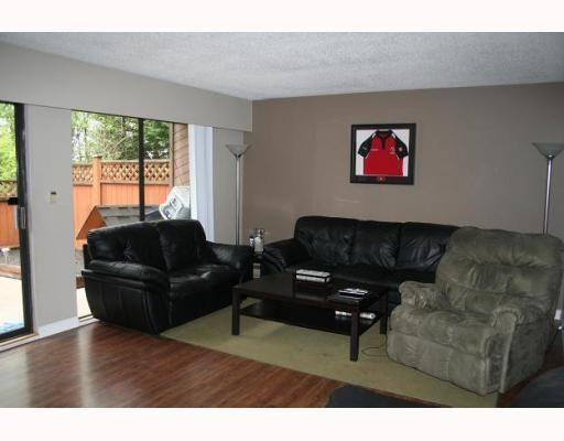 "Photo 2: Photos: 8 20945 CAMWOOD Avenue in Maple_Ridge: Southwest Maple Ridge Townhouse for sale in ""CAMWOOD GARDENS"" (Maple Ridge)  : MLS®# V765153"