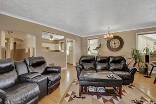 Photo 3: 2633 22nd Avenue in Regina: Lakeview RG Residential for sale : MLS®# SK859597