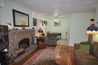 Photo 4: 101 215 N TEMPLETON Drive in Vancouver: Hastings Condo for sale (Vancouver East)  : MLS®# R2202594
