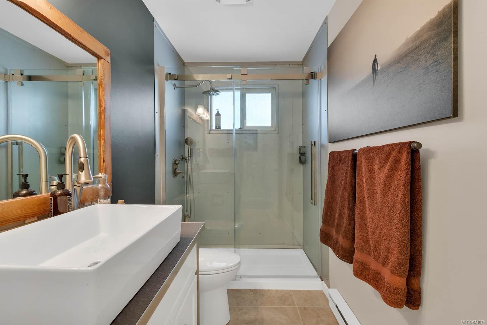 Photo 21: Photos: 1539 Chilcotin Cres in : CV Comox (Town of) House for sale (Comox Valley)  : MLS®# 871978