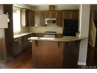 Photo 1: 2519 Martin Ridge in VICTORIA: La Florence Lake Residential for sale (Langford)  : MLS®# 324201