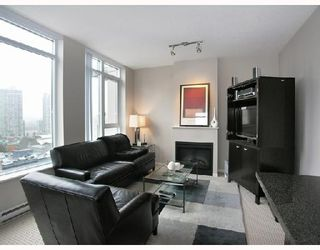 "Photo 1: 1103 1001 HOMER Street in Vancouver: Downtown VW Condo for sale in ""THE BENTLEY"" (Vancouver West)  : MLS®# V699236"