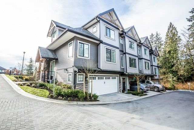 Falcon Hill Townhomes, rare end unit with double  car garage