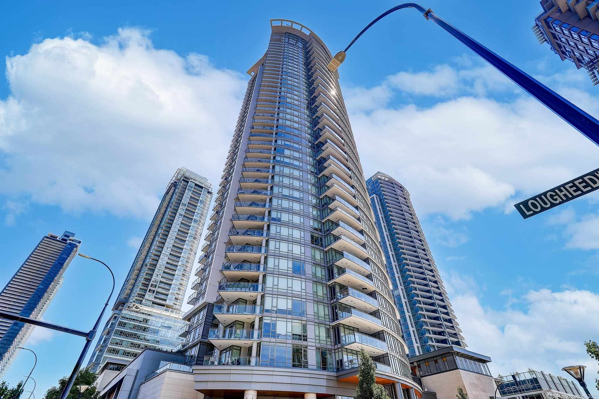 """Main Photo: 3606 2008 ROSSER Avenue in Burnaby: Brentwood Park Condo for sale in """"SOLO"""" (Burnaby North)  : MLS®# R2597078"""