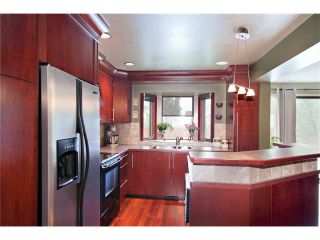 Photo 5: 6527 COACH HILL Road SW in Calgary: Coach Hill House for sale : MLS®# C4073200