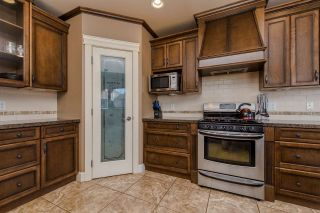 "Photo 8: 3373 273 Street in Langley: Aldergrove Langley House for sale in ""Stonebridge Estates"" : MLS®# R2098529"