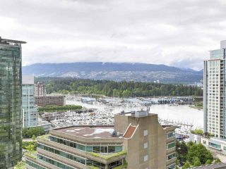 """Photo 8: 1705 1211 MELVILLE Street in Vancouver: Coal Harbour Condo for sale in """"THE RITZ"""" (Vancouver West)  : MLS®# R2173539"""
