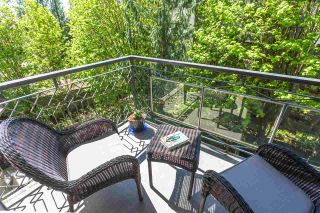 """Photo 13: 405 1930 MARINE Drive in West Vancouver: Ambleside Condo for sale in """"Park Marine"""" : MLS®# R2577274"""