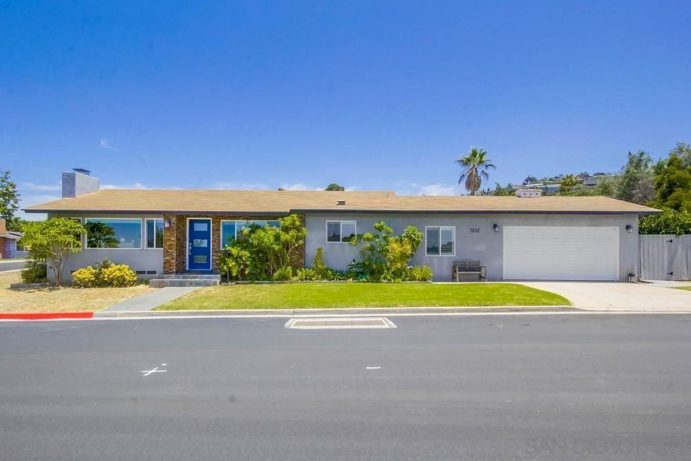 Main Photo: LA MESA House for sale : 4 bedrooms : 7832 Cinnabar Dr