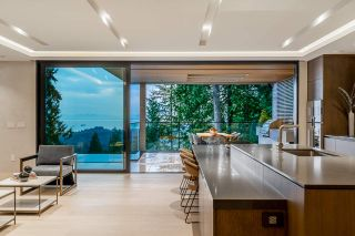 Photo 5: 4663 PROSPECT Road in North Vancouver: Upper Delbrook House for sale : MLS®# R2562197