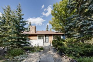 Photo 1: 128 Thorncrest Road NW in Calgary: Thorncliffe Detached for sale : MLS®# A1146759