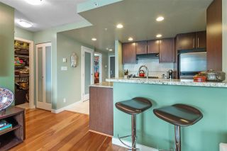 """Photo 6: 2307 583 BEACH Crescent in Vancouver: Yaletown Condo for sale in """"2 PARK WEST"""" (Vancouver West)  : MLS®# R2574813"""