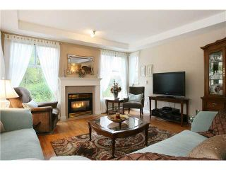 "Photo 4: 305 11609 227TH Street in Maple Ridge: East Central Condo for sale in ""EMERALD MANOR"" : MLS®# V892769"