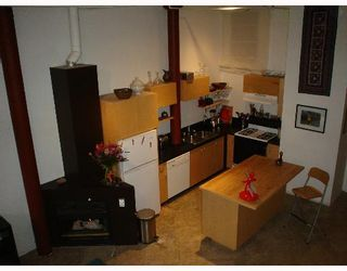 """Photo 3: 3 280 E 6TH Avenue in Vancouver: Mount Pleasant VE Condo for sale in """"BREWERY CREEK"""" (Vancouver East)  : MLS®# V648692"""