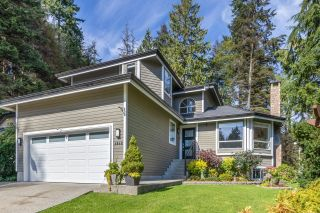 """Main Photo: 4848 UNDERWOOD Avenue in North Vancouver: Lynn Valley House for sale in """"Timber Ridge"""" : MLS®# R2621530"""